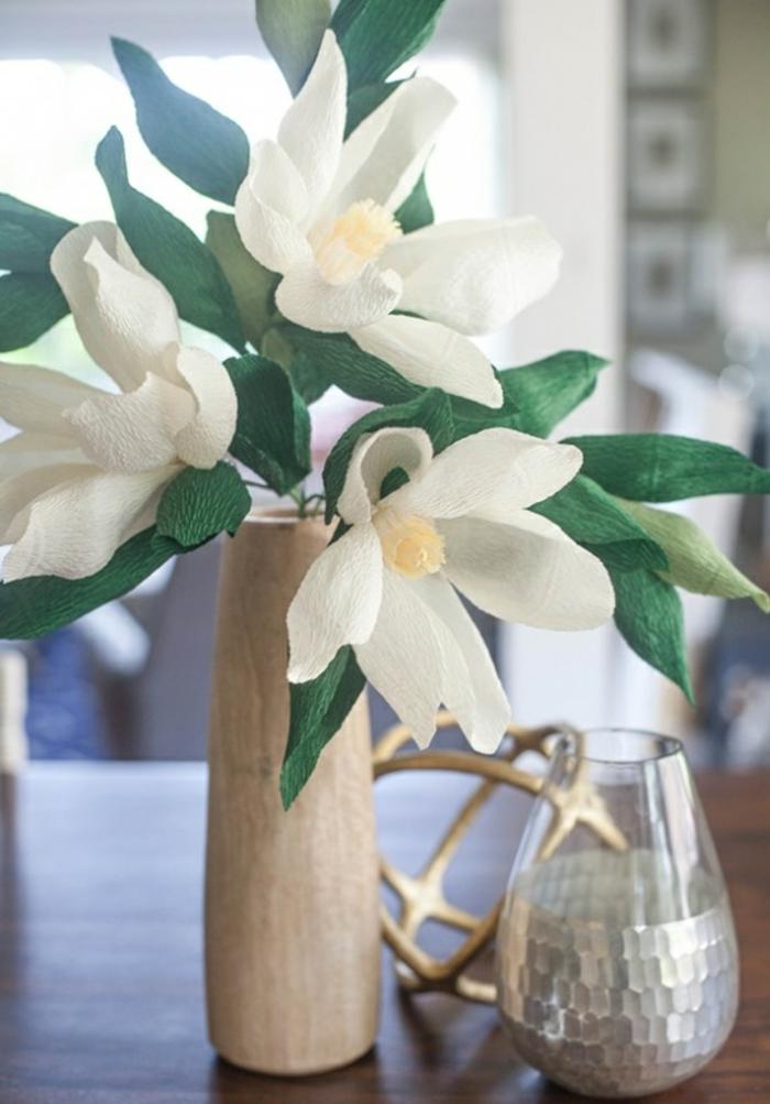fleur-papier-crepon-facile-créer-une-fleur-vous-mêmes-fleur-en-papier-crépon-lilie