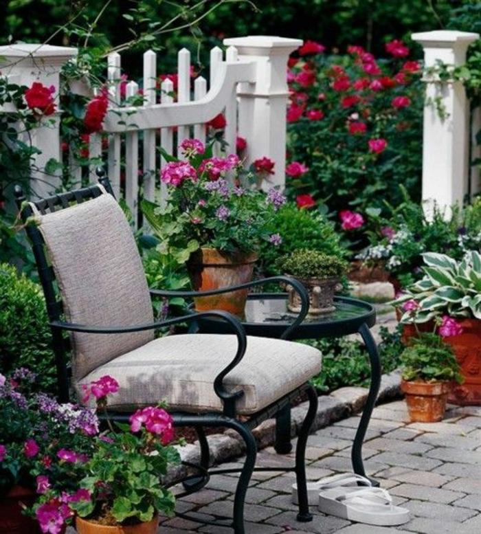 fleurir-son-balcon-avec-cet-article-comment-fleurir-le-balcon-idee-amenagement-terrasse