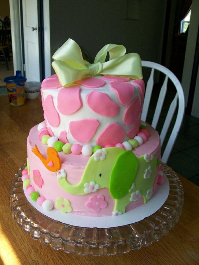 gateau-anniversaire-fille-déco-anniversaire-enfants-gateau-anniversaire-1-an-2-3-4-5-ans-rose-et-vert