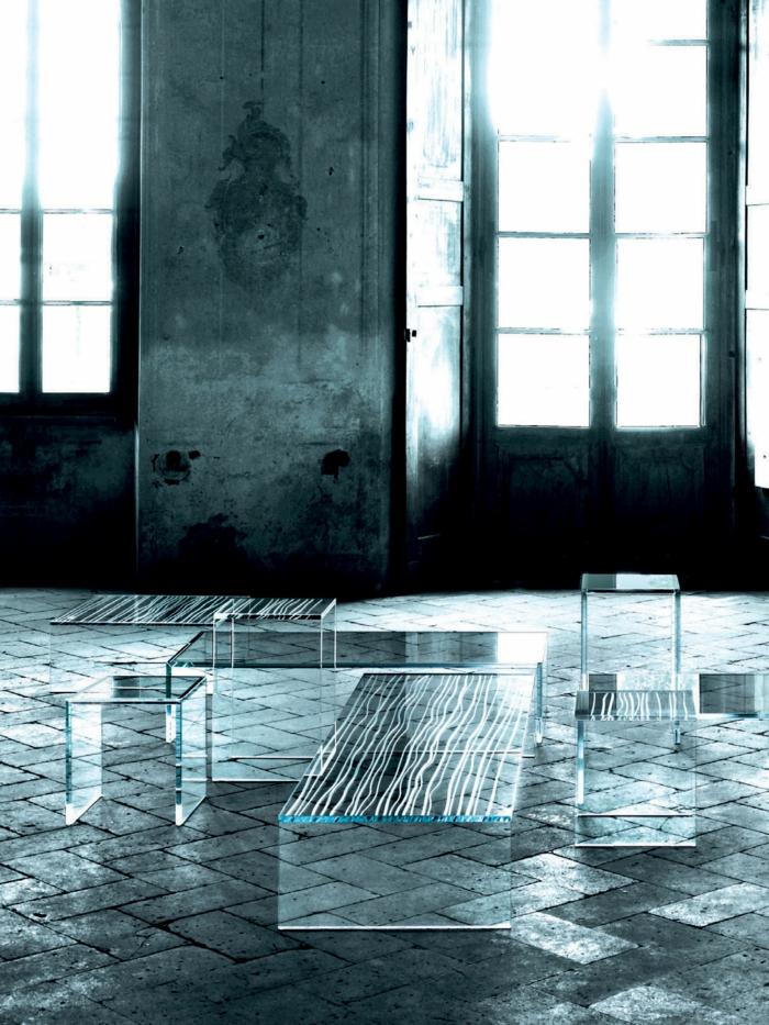 graveur-la-gravure-sur-miroir-gravure-sur-verre-vialon-gravure-beau-intérieur-industrielle-table-basse-verre