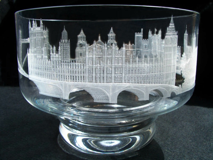 graveur-la-gravure-sur-miroir-gravure-sur-verre-vialon-gravure-verre-image-castle-London