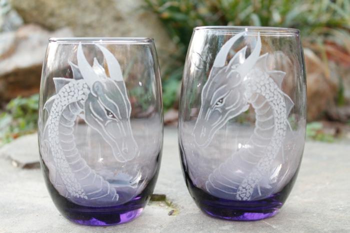 graveur-sur-verre-gravure-sur-verres-idée-créative-gravure-personnaliser-verres-dragon