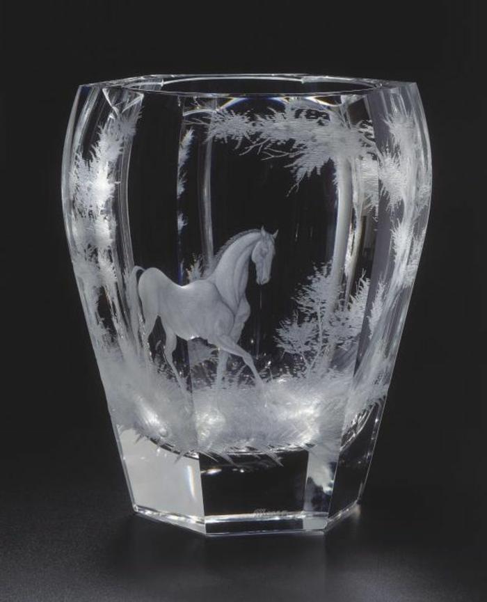 graveur-sur-verre-gravure-sur-verres-idée-créative-gravure-verre-cheval-cool