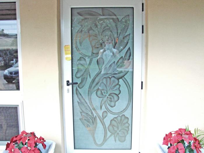 gravure-interieur-graveur-de-verre-gravure-photo-sur-verre-idées-cadeaux-porte-d-entrée