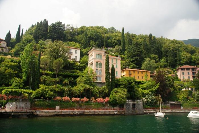 hotel-de-charme-lac-de-come-lac-de-come-bellagio-italie-maison-montagne-vert