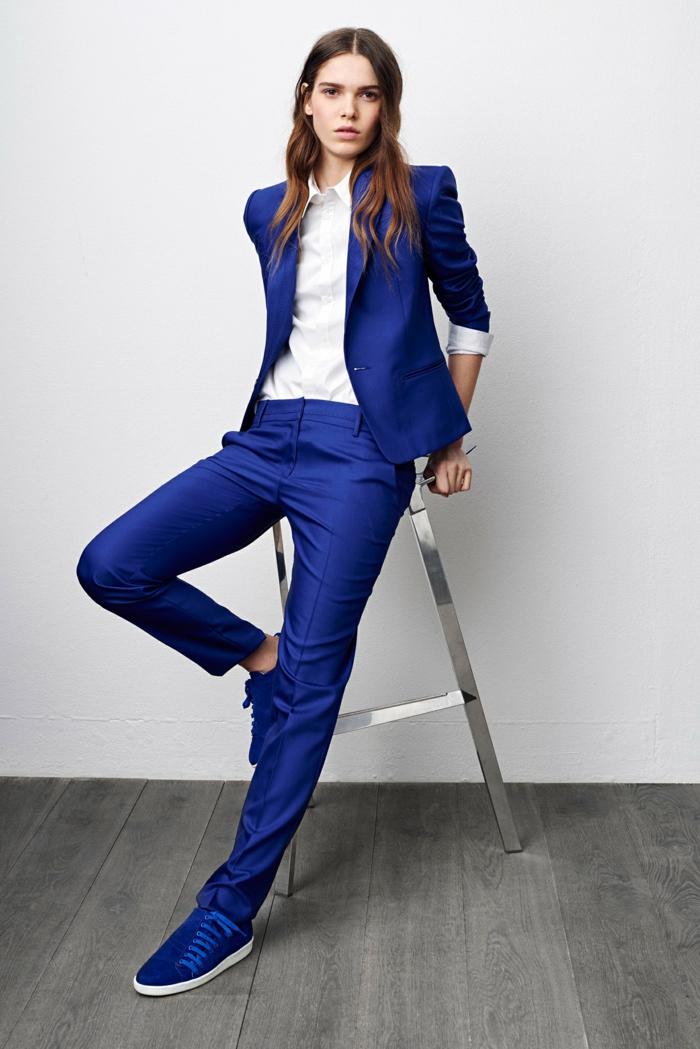 idée-tenue-chic-femme-tailleur-pantalon-femme-ceremonie-idée-vêtement (4)