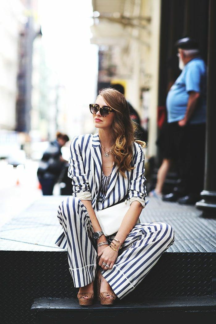 idée-tenue-chic-femme-tailleur-pantalon-femme-ceremonie-idée-vêtement-tenue-originale