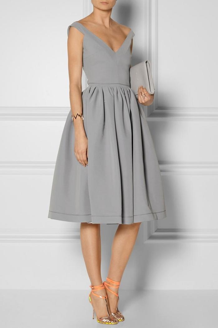 Tenue chic femme les meilleures 60 id es for Robes grises pour mariage