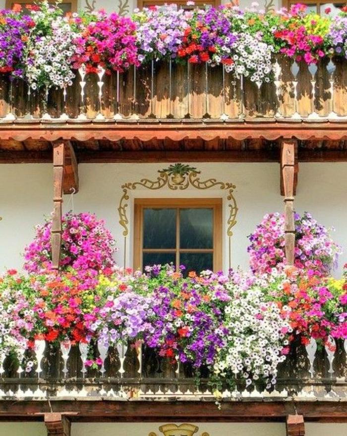 idee-amenagement-terrasse-fleurs-pour-la-terrasse-fleurir-son-balcon-une-jolie-terrasse-fleurie