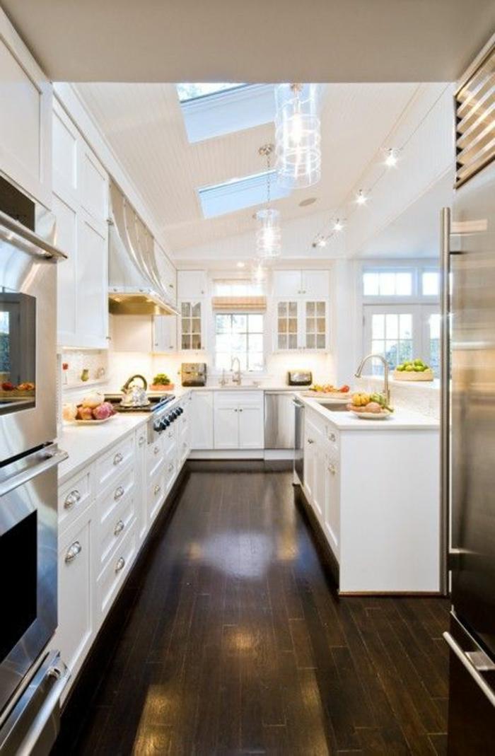 ilot-central-cuisine-pas-cher-îlot-de-cuisne-blanc-pour-la-cuisine-elegante-sous-pente