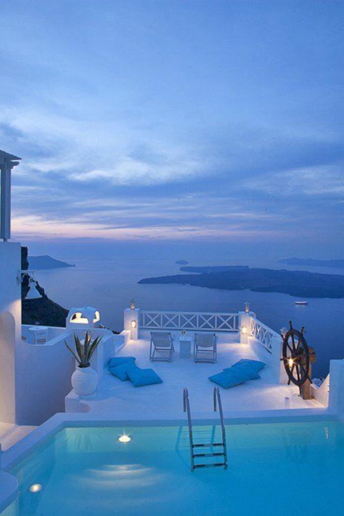 images-insolites-paysages-depuis-votre-balcon-en-greece-santorini