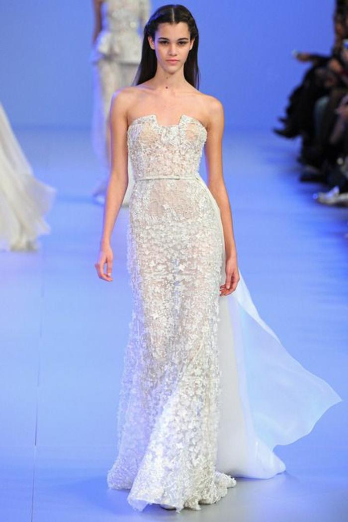 jolie-robe-longue-soiree-de-couleur-blanche-pour-les-filles-ultra-chics