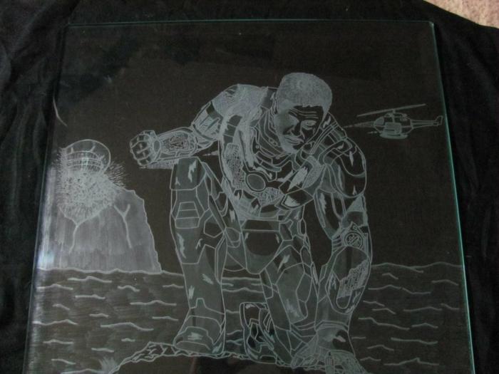 la-gravure-verre-verres-personnalisés-cadeau-original-gravure-sur-verre-iron-man-ironman