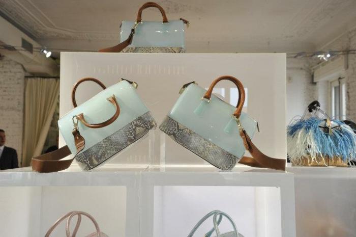 les-sacs-furla-nouvelle-collection-tenues-stars-la-collection-style