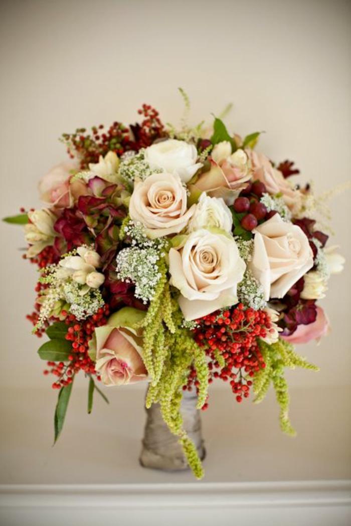 magnifique-bouquet-de-fleurs-roses-signification-des-roses-enorme-bouquet-de-roses