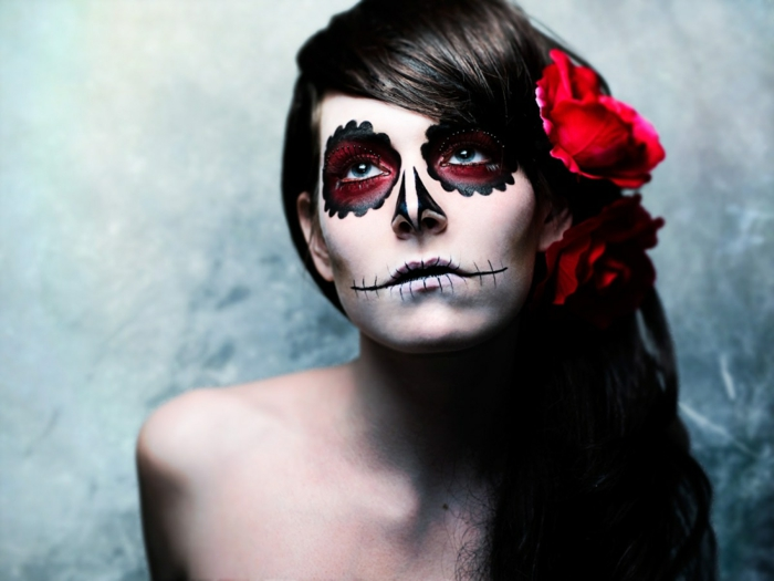 maquillage-halloween-femme-maquillage-zombie-belle-resized