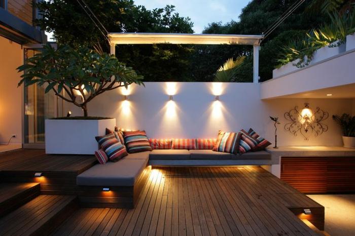 matelas-pour-banquette-décoratio-pour-les-espaces-extérieurs