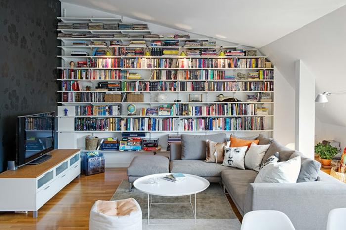 meubles-sous-pente-étagère-en-pente-spectaculaire