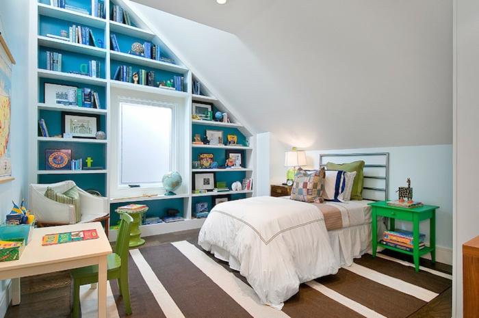 meubles-sous-pente-bibliothèque-sous-pente-bleue