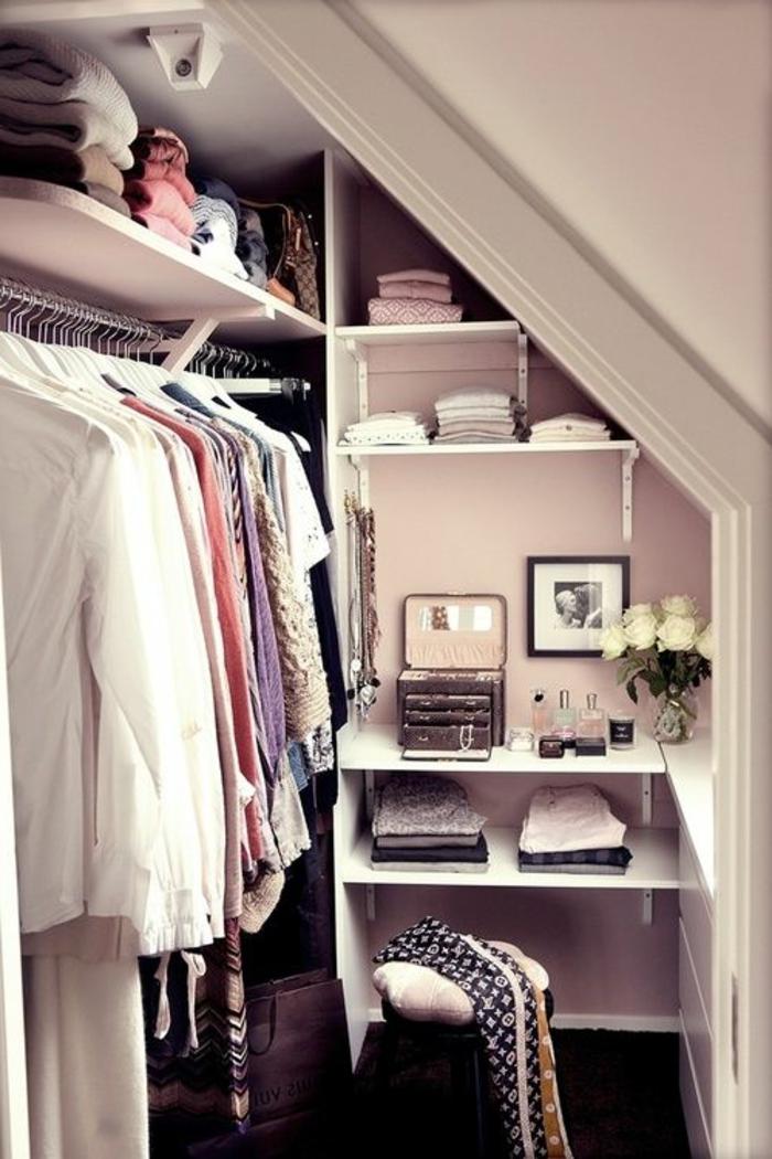 meubles-sous-pente-dressing-en-pente-sous-toit