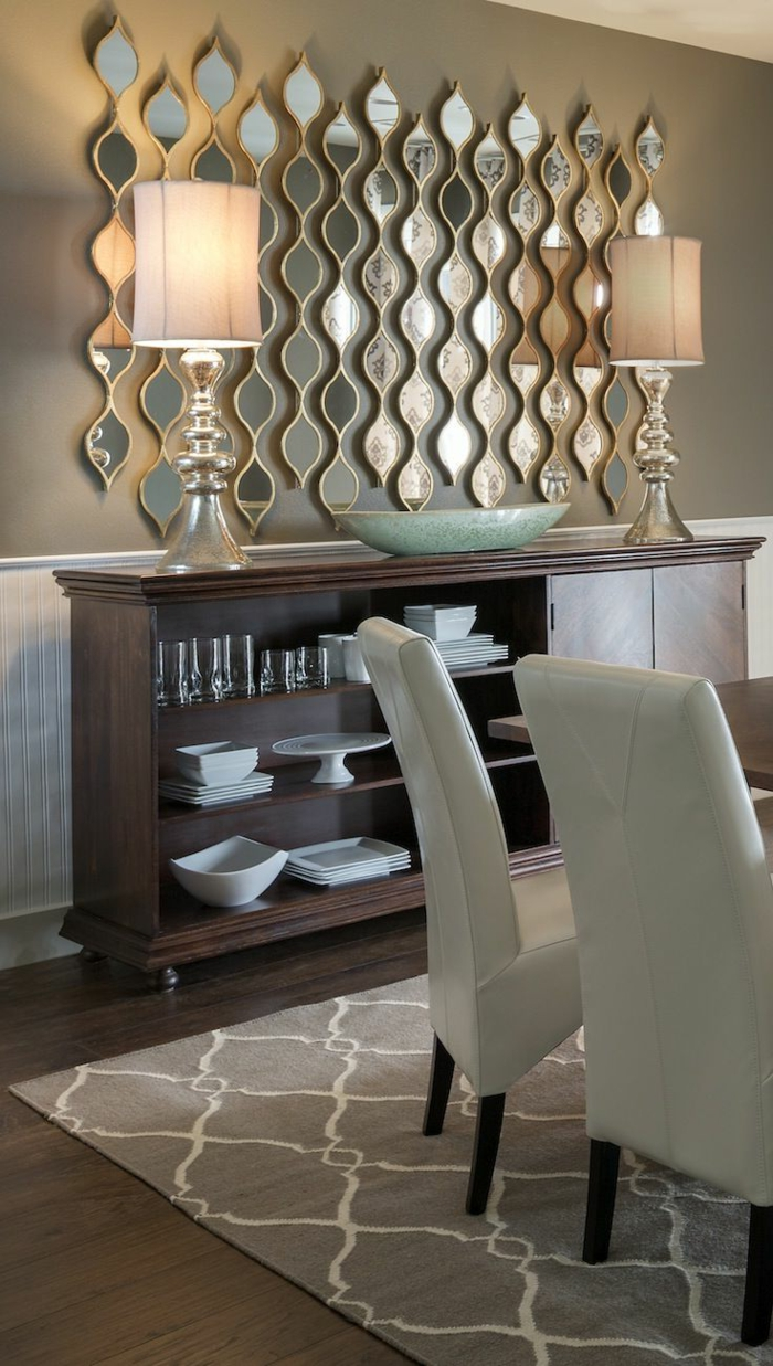 Le miroir d coratif en 50 photos magnifiques for Petit meuble pour lampe de salon
