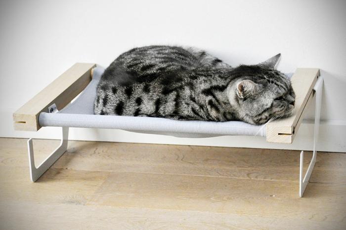Un hamac pour chat va donner grand confort votre animal - Hamac support bois pas cher ...