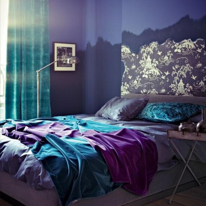 papier-peint-intissé-castorama-dans-la-chambre-à-coucher-chmabre-colorée-meubles-castorama