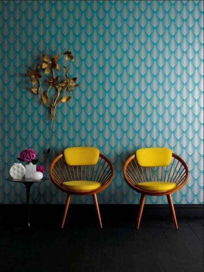 papier-peint-leroy-merlin-meubles-d-intérieur-chaise-jaune-chaise-en-bois-papier-peint-bleu