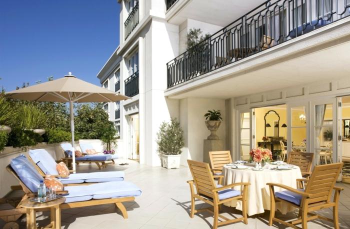 parasol-déporté-solde-parasol-de-terrasse-parasol-de-balcon-meubles-d-extérieur-modernes