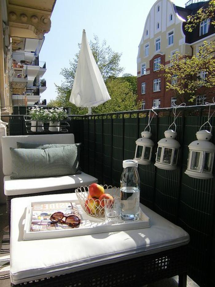 parasol-déporté-solde-parasol-de-terrasse-parasol-de-balcon-meubles-d-extérieur