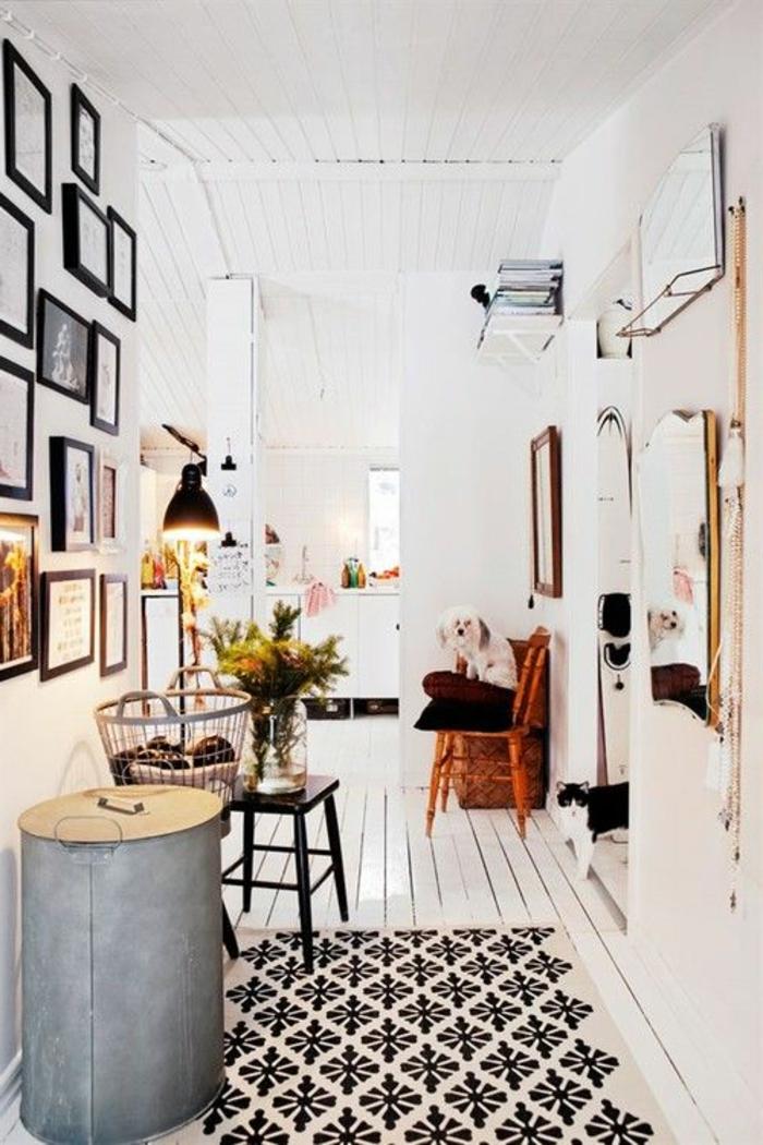 parquet-blanc-décor-scandinave-carpette-géométrique-sur-le-sol-blanc