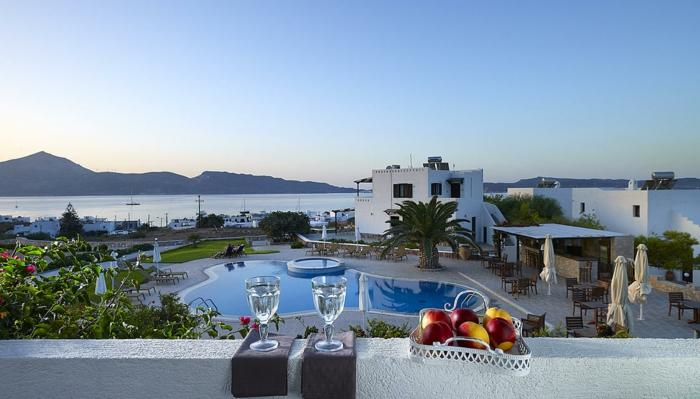 paysage-bresil-de-plus-en-plus-exotique-par-la-terrasse-de-l-hotel-pres-de-mer