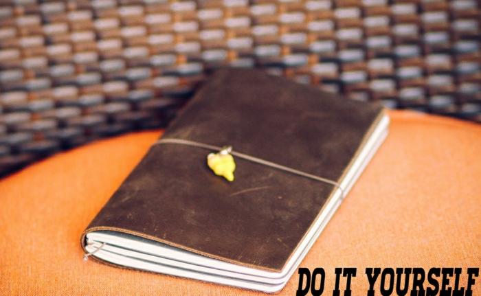 personnalisation-cahier-cool-idée-original-cahier-personnalisable-cuir-couverture-chique
