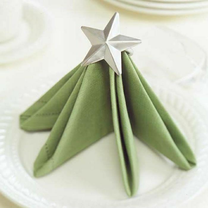 pliage-serviette-étoile-en-papier-vert-décoration-pour-la-table-pliage-serviette-vert