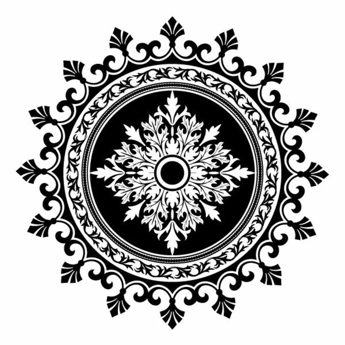 pochoir-oriental-le-pochoir-peinture-déco-mur-idées-noir-et-blanc