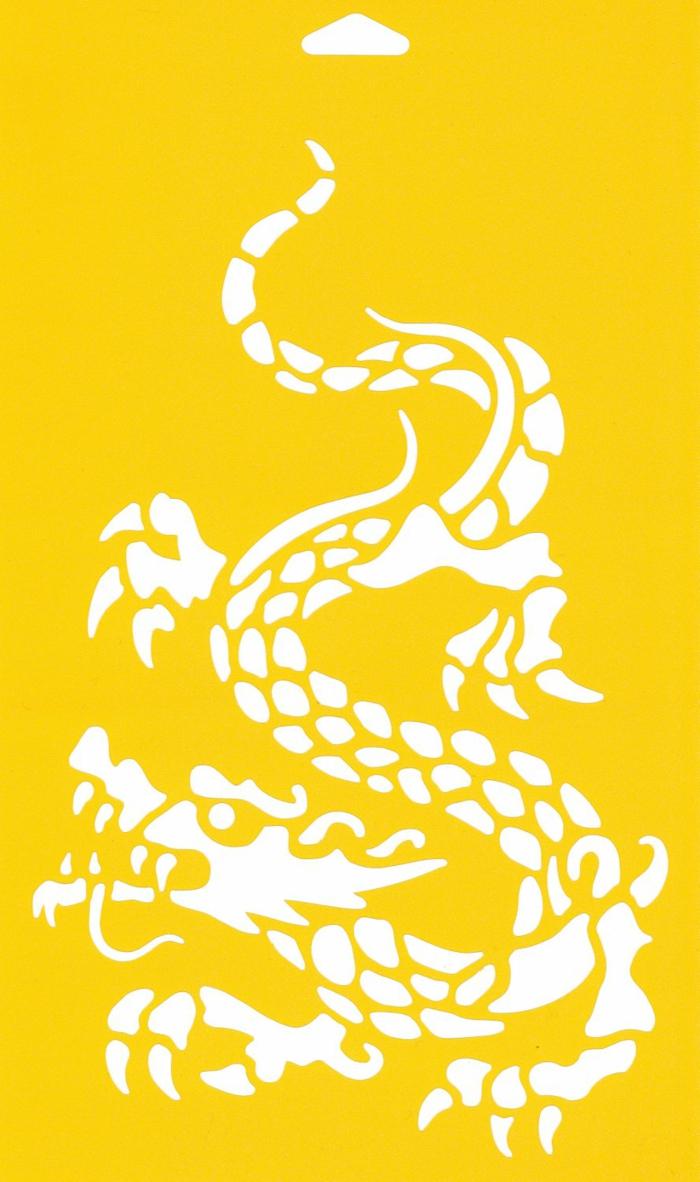 pochoir-oriental-pochoir-papillon-décoration-chambre-sur-jaune-mur