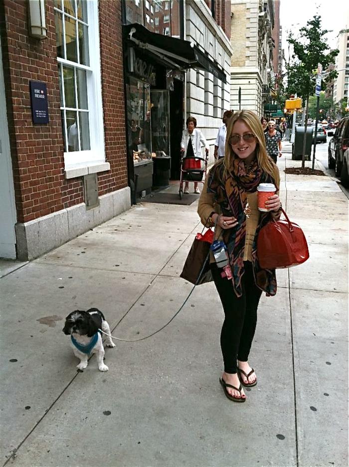 porte-monnaie-furla-furla-handbags-promenade-chien-café