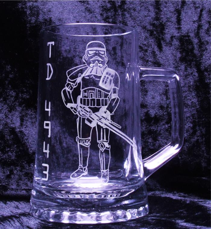 pyrograveur-castorama-verre-a-graver-comment-faire-cadeau-star-wars-bièrre-verre-gravée-stormstrooper