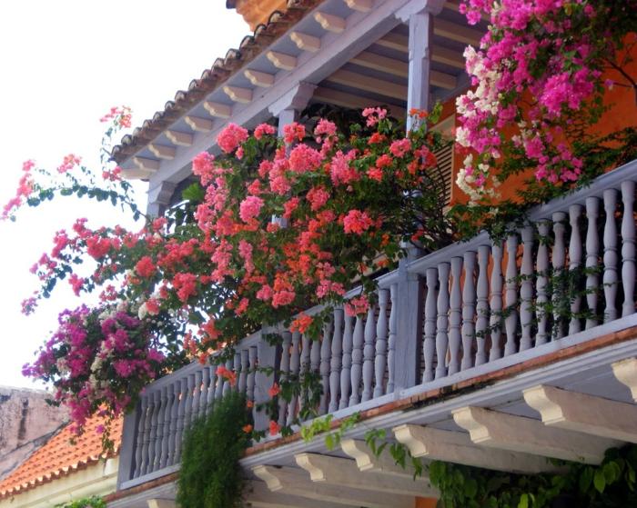 Comment avoir un balcon fleuri id es en 50 photos - Comment amenager un petit balcon ...