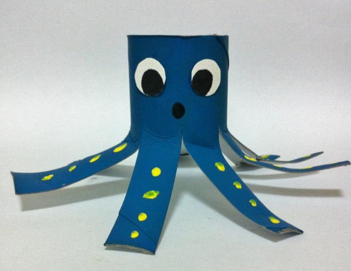 recycler-le-rouleau-de-papier-toilette-octopode-charmant