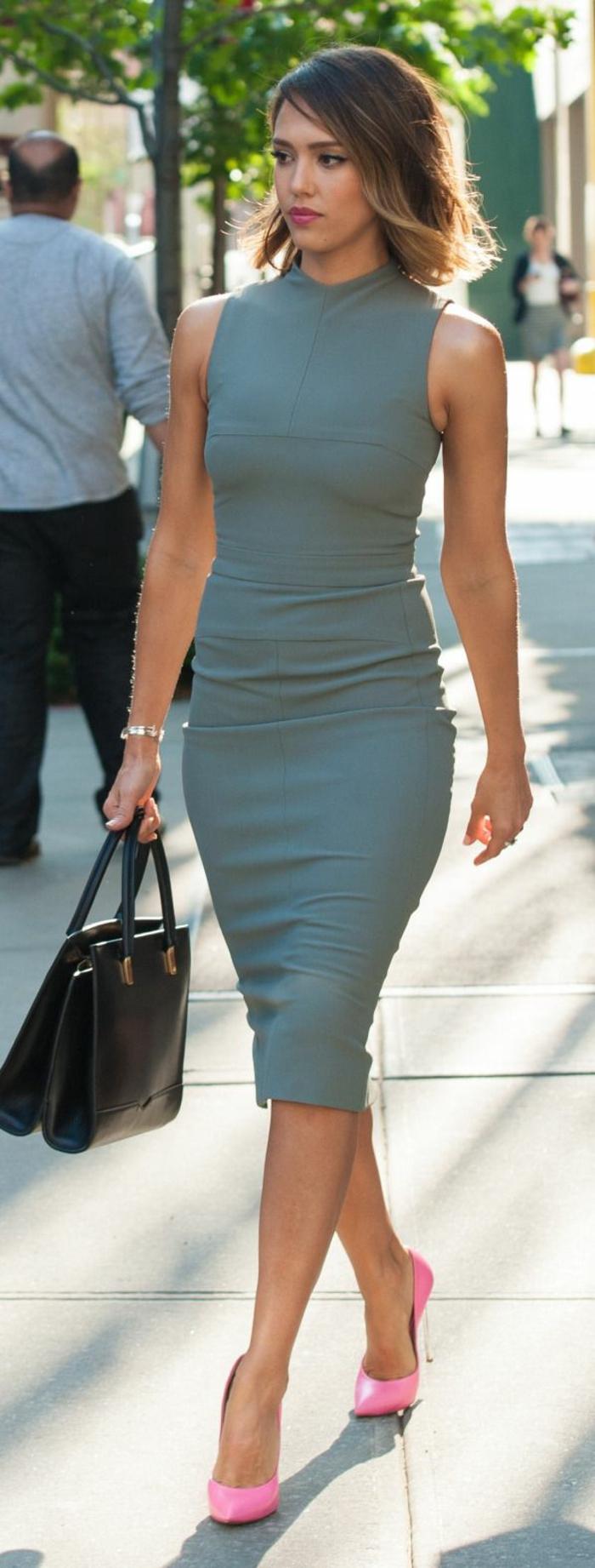 robe-élégante-habillée-tous-les-idées-inspiratrices-chaussures-talon-roses-resized