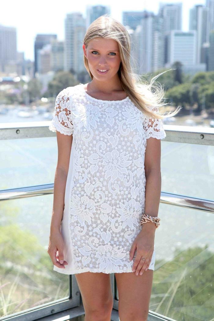 robe-blanche-dentelle-style- vetements-chics-pour-l-été-ny