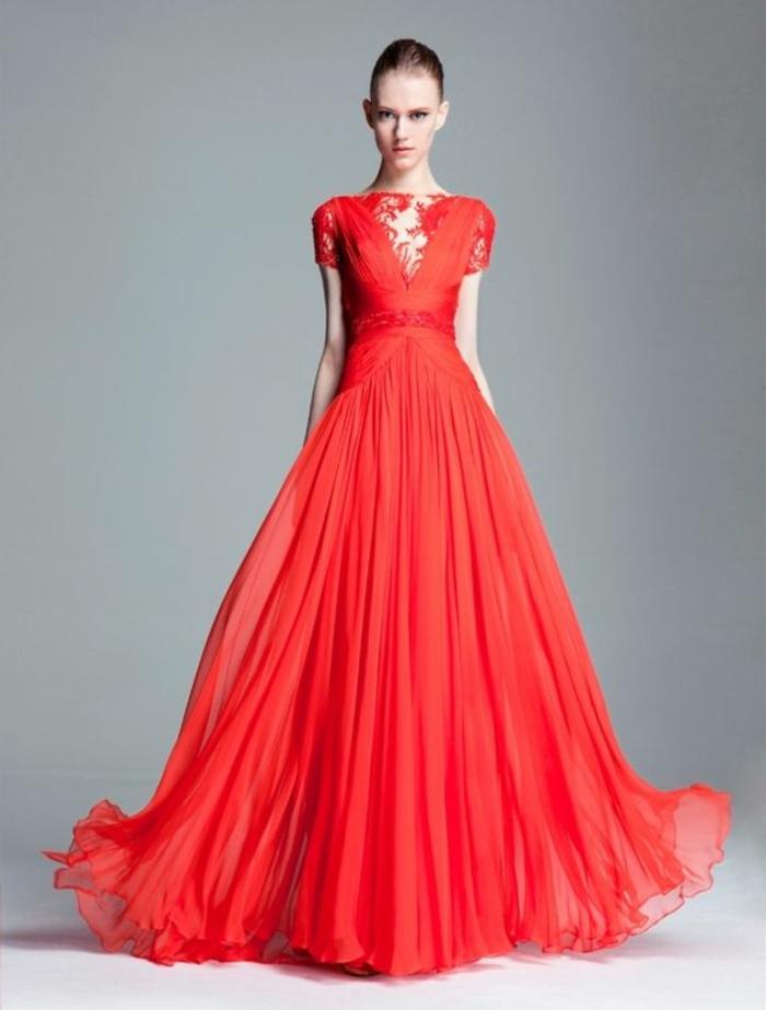 robe-cocktail-longue-de-couleur-rouge-pour-tous-les-femmes-modernes