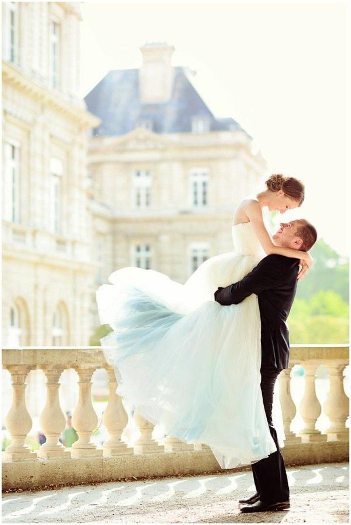 robe-de-fiancaille-pas-cher-moderne-et-belle-chaussures-belle-paris