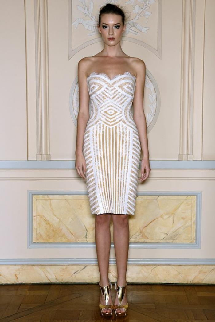robe-fluide-habillée-de-couleur-blanche-pour-les-filles-modernes