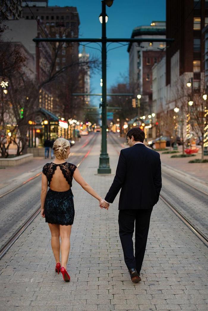 robe-pour-fiancaille-robe-de-fiancaille-courte-accessoires-belle-couple-petite-robe-noire