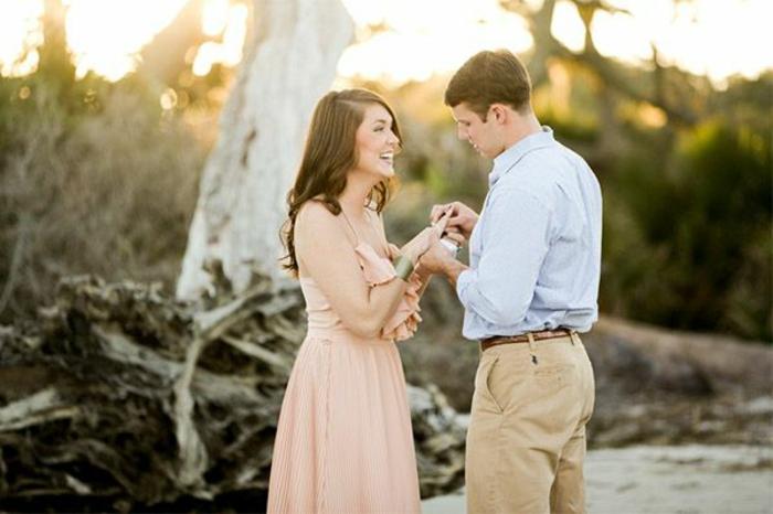 robe-pour-fiancailles-modele-robe-fiancaille-beauté-mode-couple-proposition