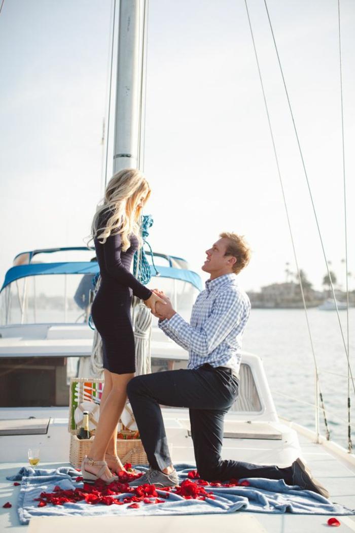 robe-pour-fiancailles-modele-robe-fiancaille-beauté-mode-la-proposition-yachte-mer