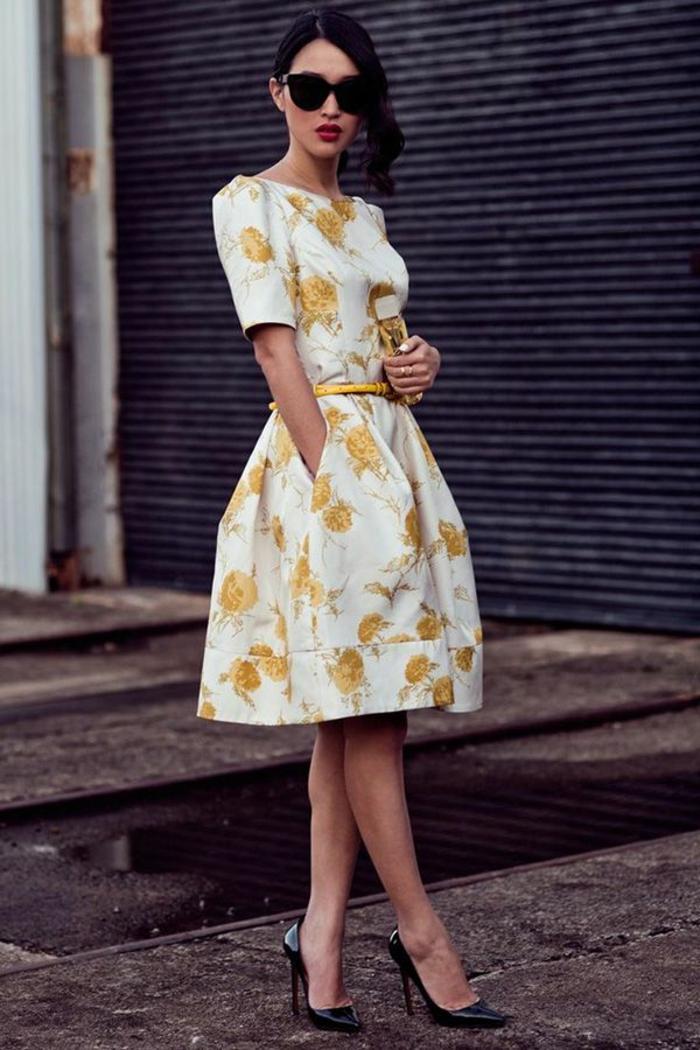 robes-de-fiancailles-occasion-spéciale-tenue-de-jour-robe-courte-blanche-jaune