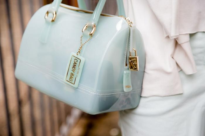 sac-furla-soldes-portefeuille-furla-sacs-furla-bleu-claire-candy-bag